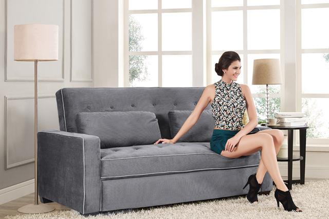 Một chiếc sofa đơn vô cùng sang trọng với thiết kế tay dựa và lưng ghế vô cùng thoải mái
